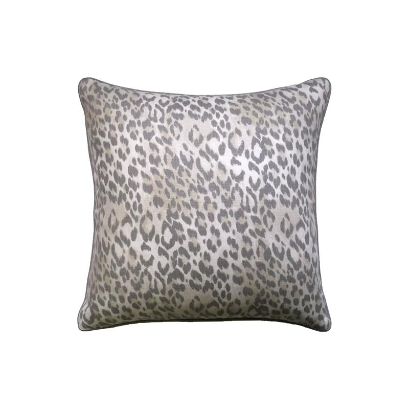 Bosana Decorative Pillow by Ryan Studio Ryan Studio Pillows